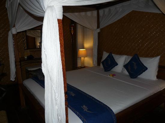 Santai Hotel Bali: la chambre, vue d'ensemble