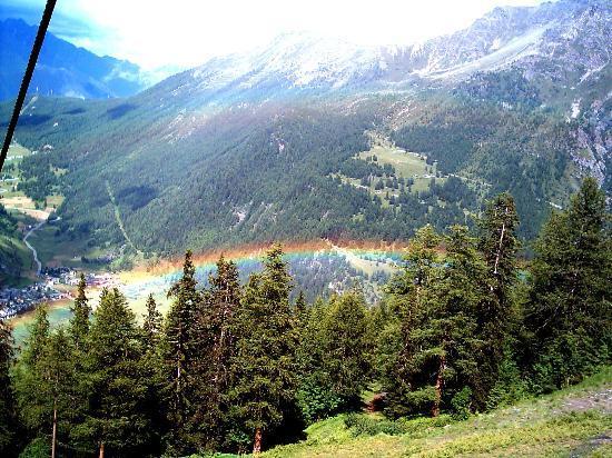 La Thuile: arcobaleno dalla seggiovia Bosco Express