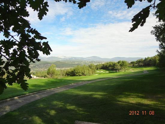 Terre Blanche Hotel and Spa: View from Riou golf course