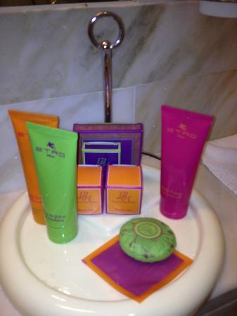 Empire Palace Hotel: Toiletries