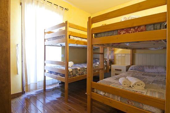 Baqueira Apartamentos Cota 1700: Habitación de 4