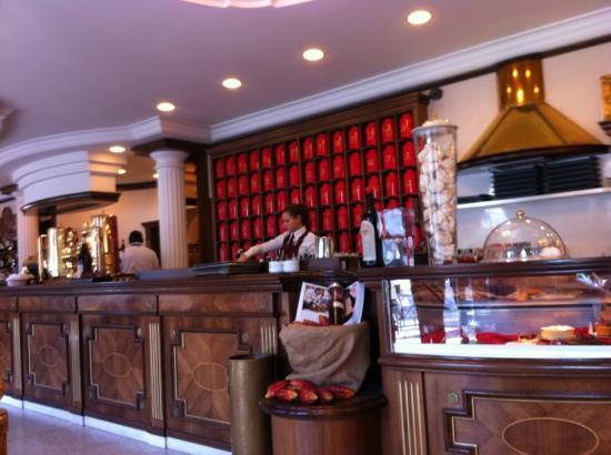 Caffe degli specchi trieste restaurant reviews phone number photos tripadvisor - Caffe degli specchi ...