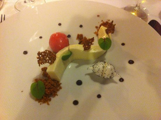 The Old Schoolhouse Inn: Tasting Menu - Cheesecake