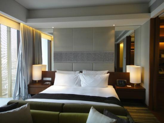 โรงแรมหรรษา กรุงเทพ: bed