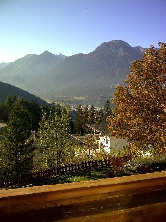 Hotel Arzlerhof: Blick vom Fenster