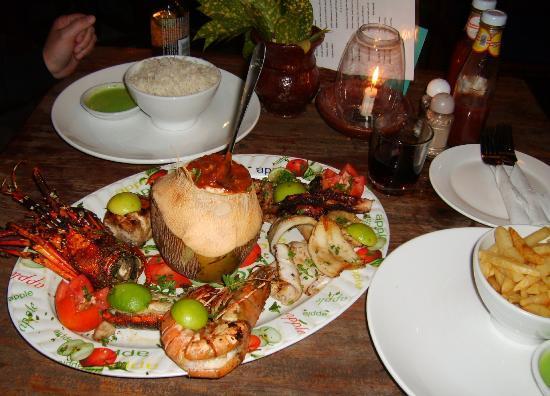 Ndame Beach Lodge Zanzibar : The final meal at Ndame ... a bit of EVERYTHING