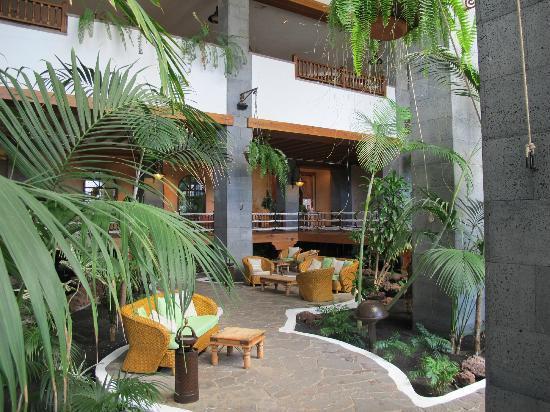 Jardin tropical intérieur