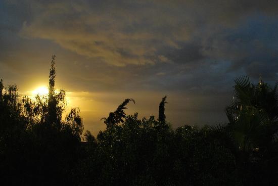 Residencial Rolando: Abendstimmung auf dem Balkon