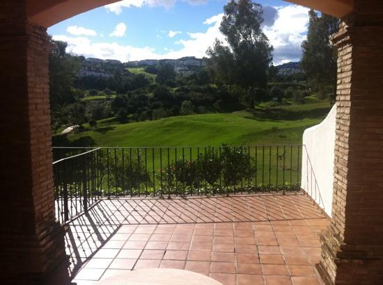 La Cala Resort: Terrasse und Aussicht aus Zimmer 103