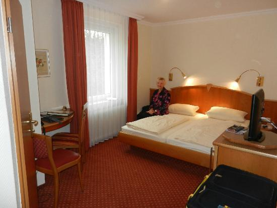 Hotel Kriemhild: Our double room