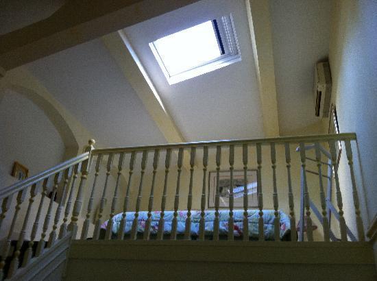 Hotel La Grande Bastide: Chambre à l'étage