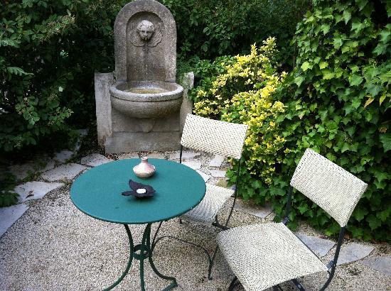 Hotel La Grande Bastide: Petit jardin privé