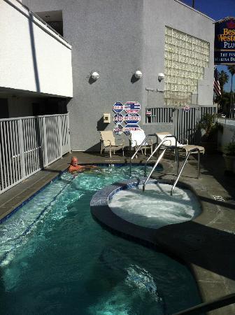 The Kinney: Liten men helt ok pool