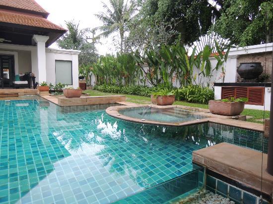 Banyan Tree Phuket: Whirl-Pool im Außenbereich
