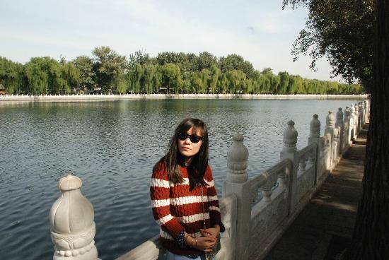 Back Lakes (Hou Hai): Shishahai/Houhai Oct 12' 