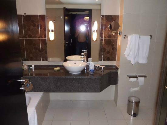 Hilton Sharks Bay Resort : salle de bain