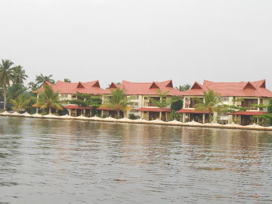 Lake Palace Resort: from the jetty