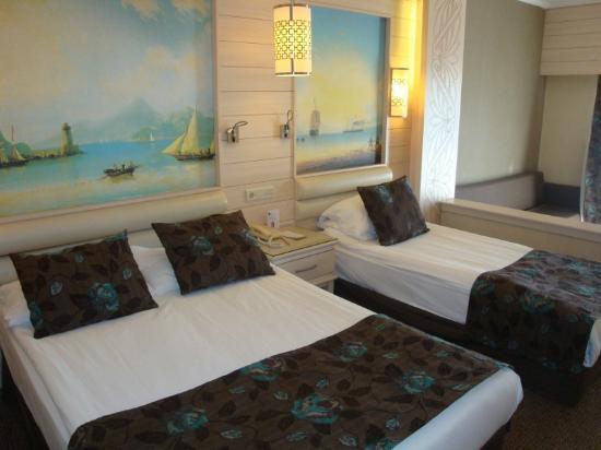 Hotel Riu Kaya Belek: Our Bedroom