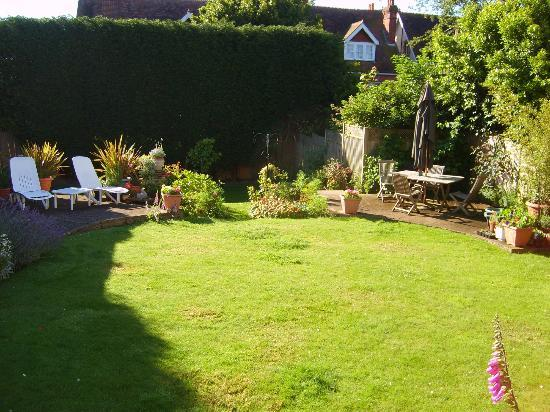 Arden House Bed & Breakfast Bexhill: Lovely Garden