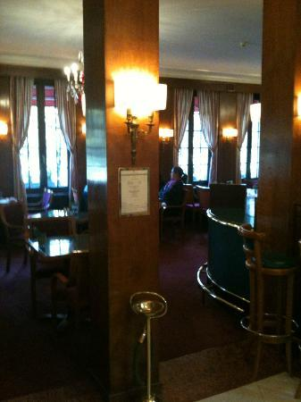 Eden Hotel Geneva : Restaurant-Salle du petit déjeuner