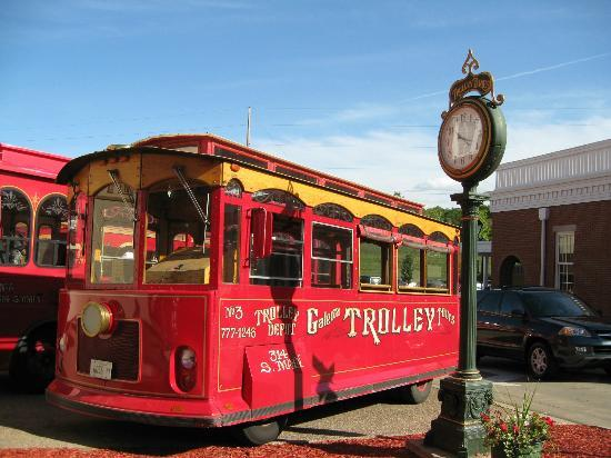 ‪Galena Trolley Tours‬