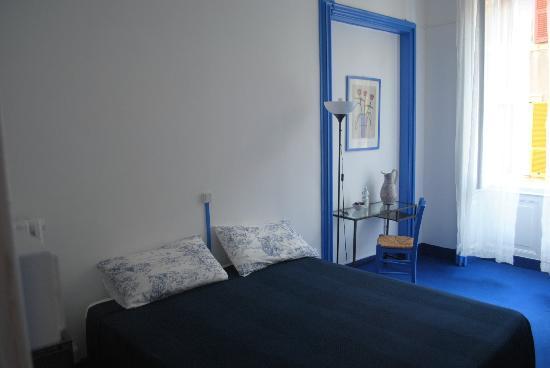 Letto Matrimoniale A Genova.Camera Matrimoniale Picture Of Olympia Hotel Genova Genoa