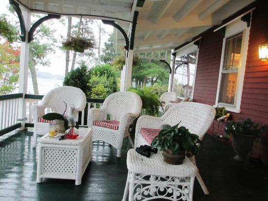The Lake House at Ferry Point: Verandah