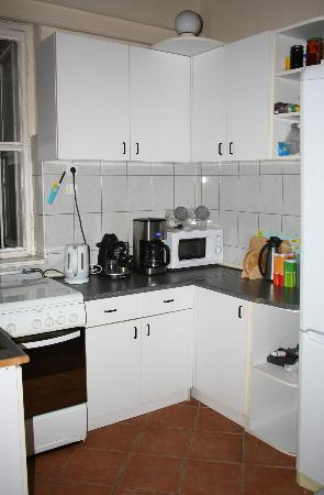 Hostel California: Fully equipped kitchen