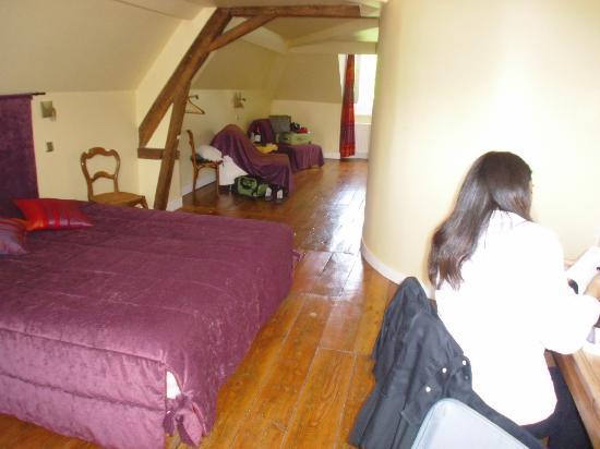 Parva Domus  - Famille Rimaire : Top floor room-huge