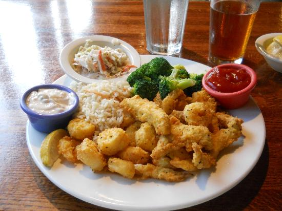 Fried seafood platter picture of red fish blue fish key for Happy fish and chicken