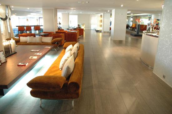Sofitel Marseille Vieux-Port: lobby