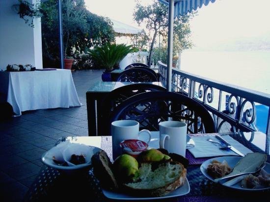 Hotel Ristorante Giardinetto: Frühstückterasse