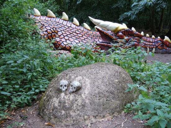 Druidstone Park: Don't disturb the sleeping dragon