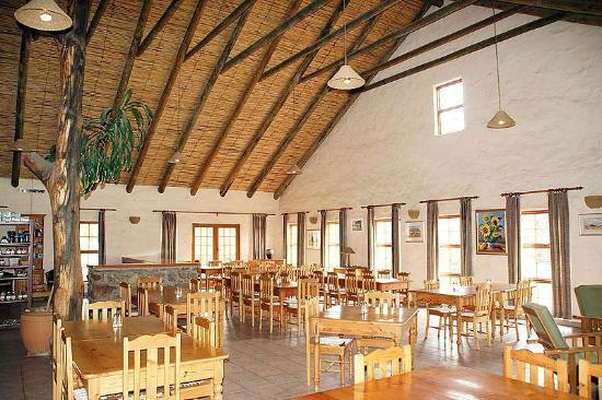 Mount Ceder Guest Cottages: Restaurant