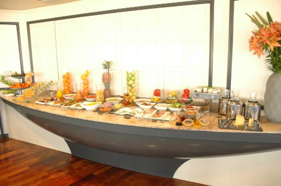 Sofitel Marseille Vieux-Port: buffet