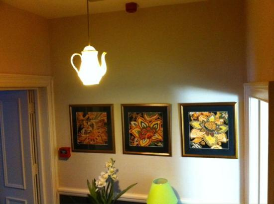 Spire House: Perfect lighting for a B&B!