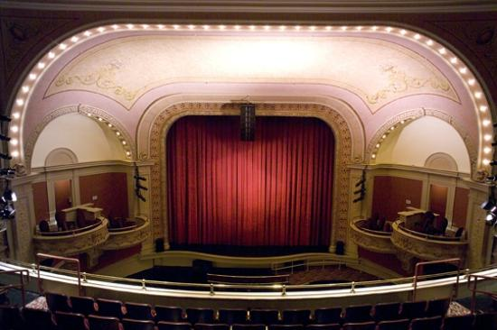 Mahaiwe Performing Arts Center: Turn-of-the-century proscenium theater