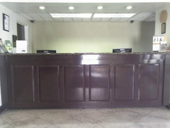 Comfort Inn Winterville: Lobby