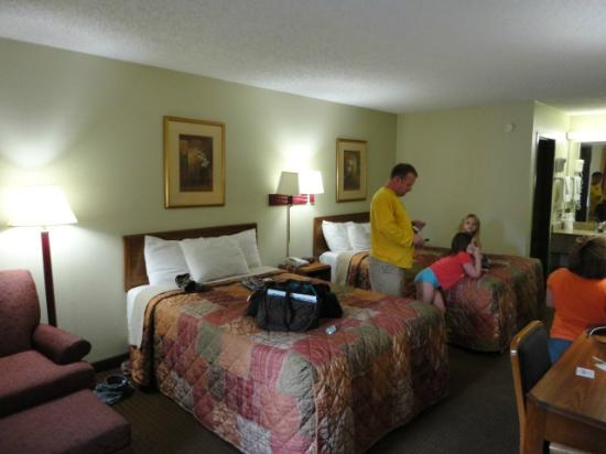 Days Inn Chattanooga Lookout Mountain West: double beds