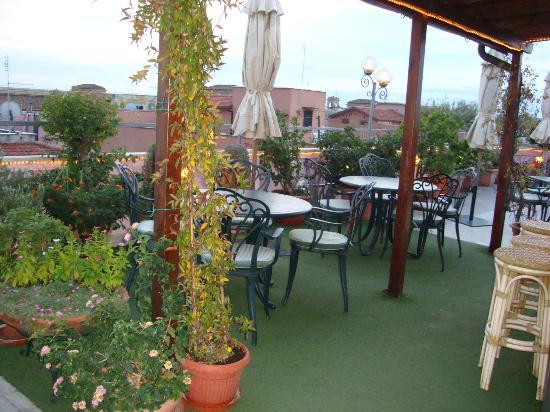 Marcella Royal Hotel : Rooftop bar