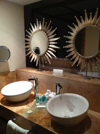Excellence Playa Mujeres: His and hers sinks
