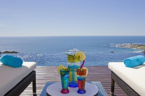 Atlanticview Cape Town Boutique Hotel: Suites Solar Heated Infinity Pool View from Sunset and Infinity