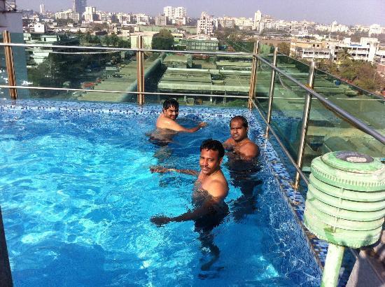 Ill kept dust bin with stains picture of yogi - Metropolitan swimming pool karachi ...