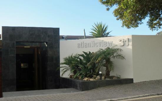 Atlanticview Cape Town Boutique Hotel: The Hotel Entrance