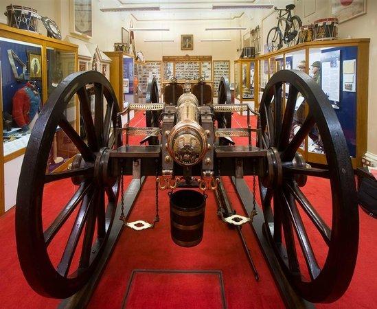 Maidstone Museum: Queen's Own Royal West Kent Regiment Museum
