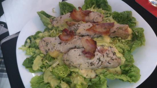 Agora Restaurant: Chicken Salad