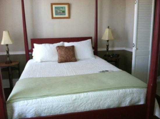 Florida House Inn: Room1