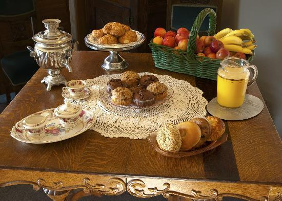Gualala Country Inn: Breakfast