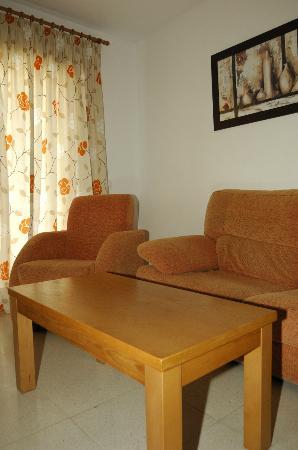 Apartamentos Acuario: Komfortabler Wohnbereich