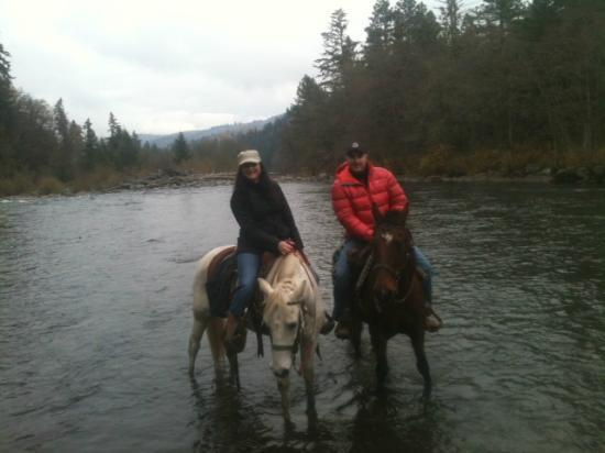 Double Mountain Ranch: Getting the horses feet wet. Fun!